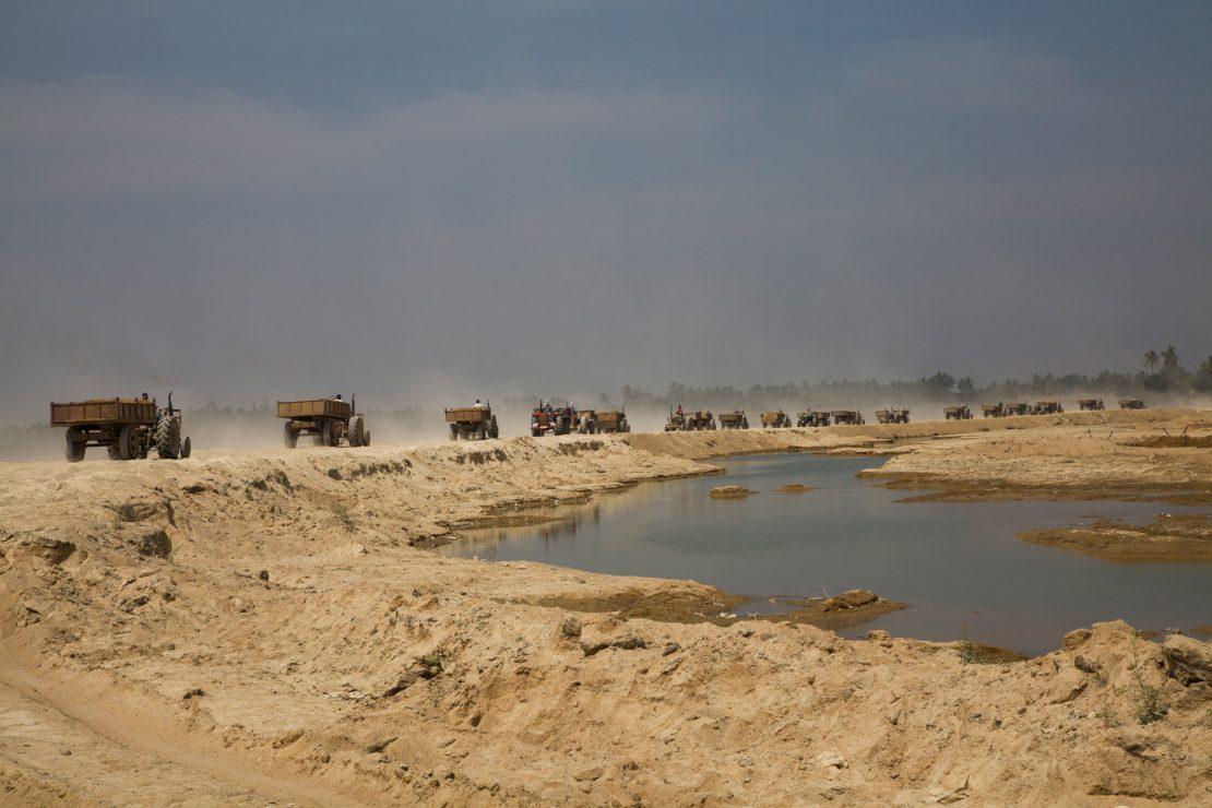 El negocio de los ríos de arena
