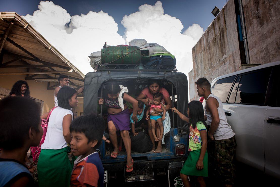 Los indígenas expulsados por los paramilitares en Colombia