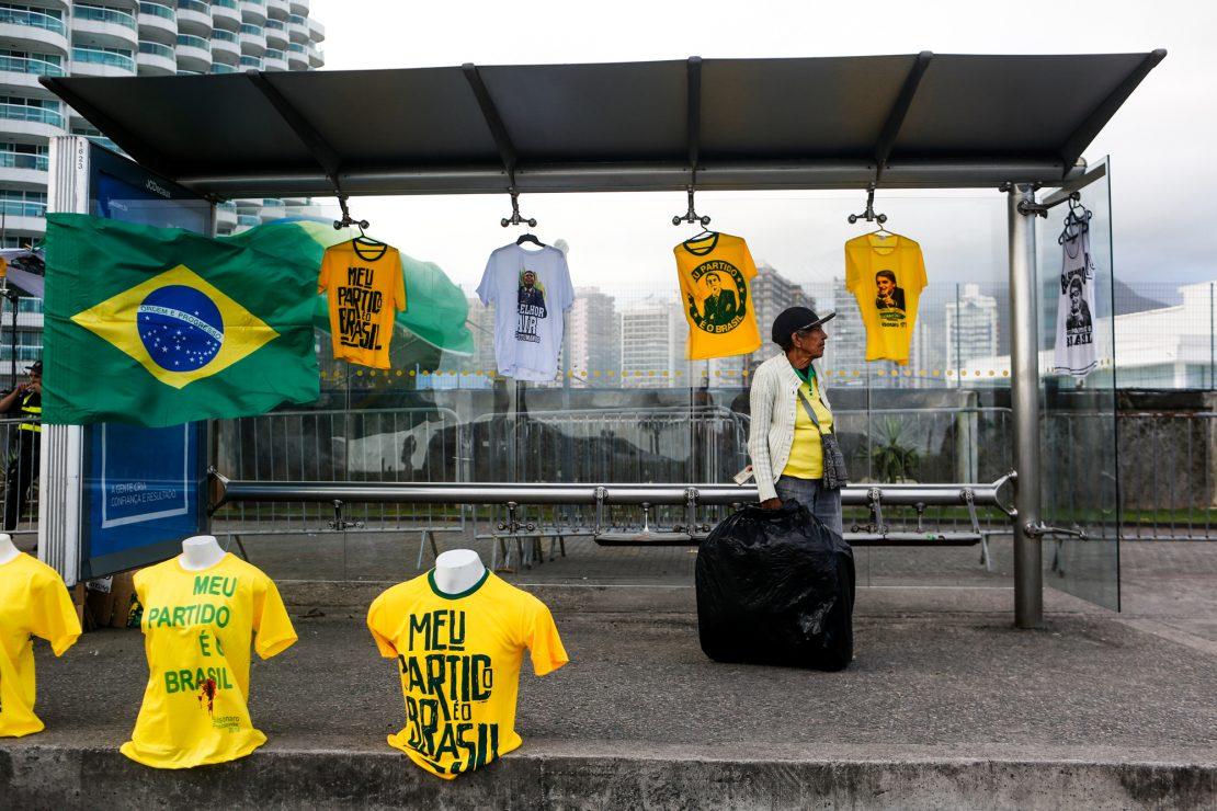 Los vecinos de Bolsonaro