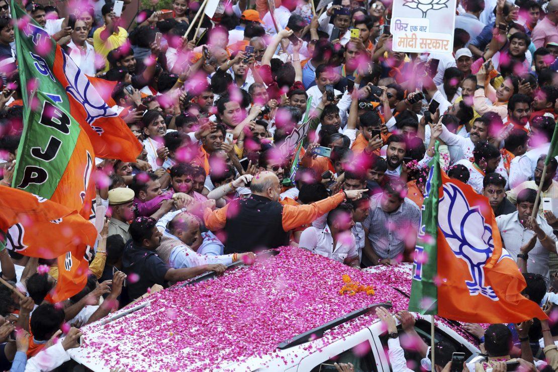 Narendra Modi seduce a la India