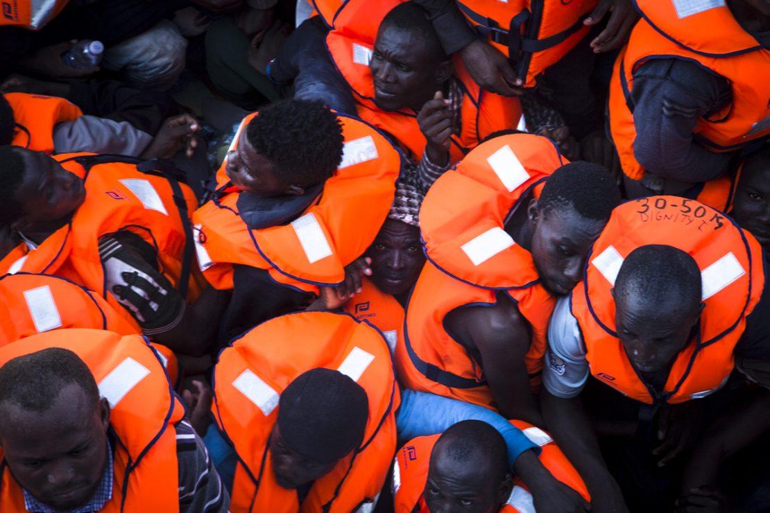 'Fronteras de Europa': una exposición para caminar con los refugiados