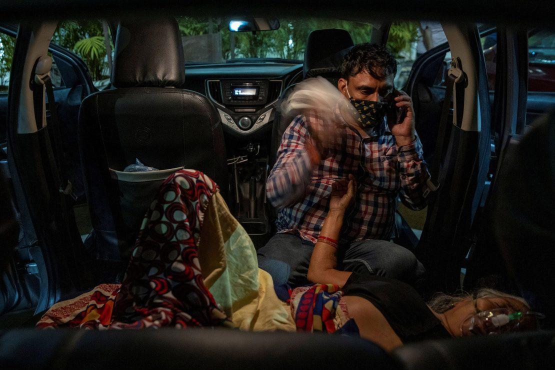 'El rickshaw': La india se convierte en epicentro mundial de la pandemia